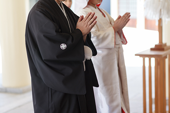 神社での神前式